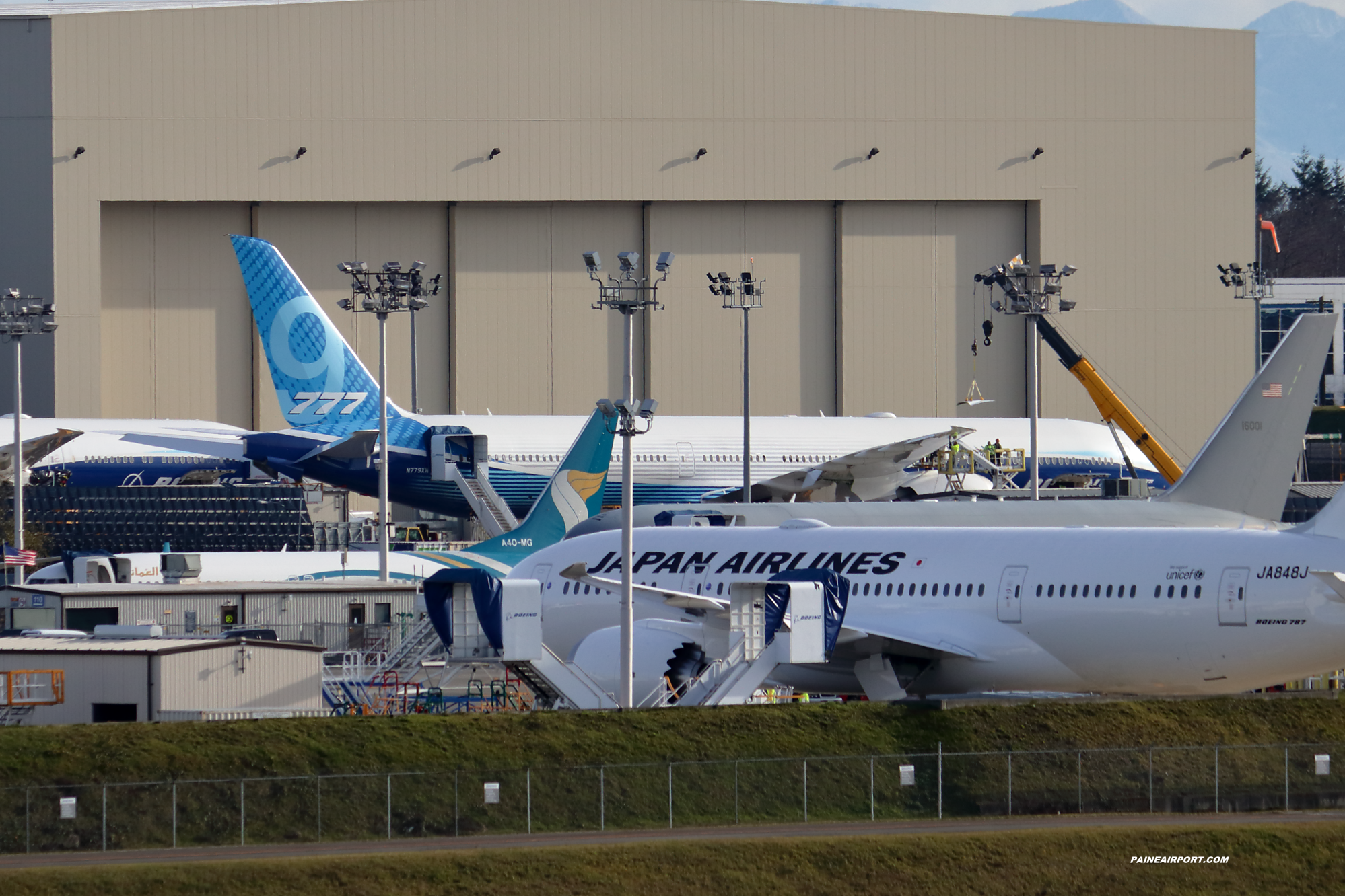 777-9 N779XW at Paine Field