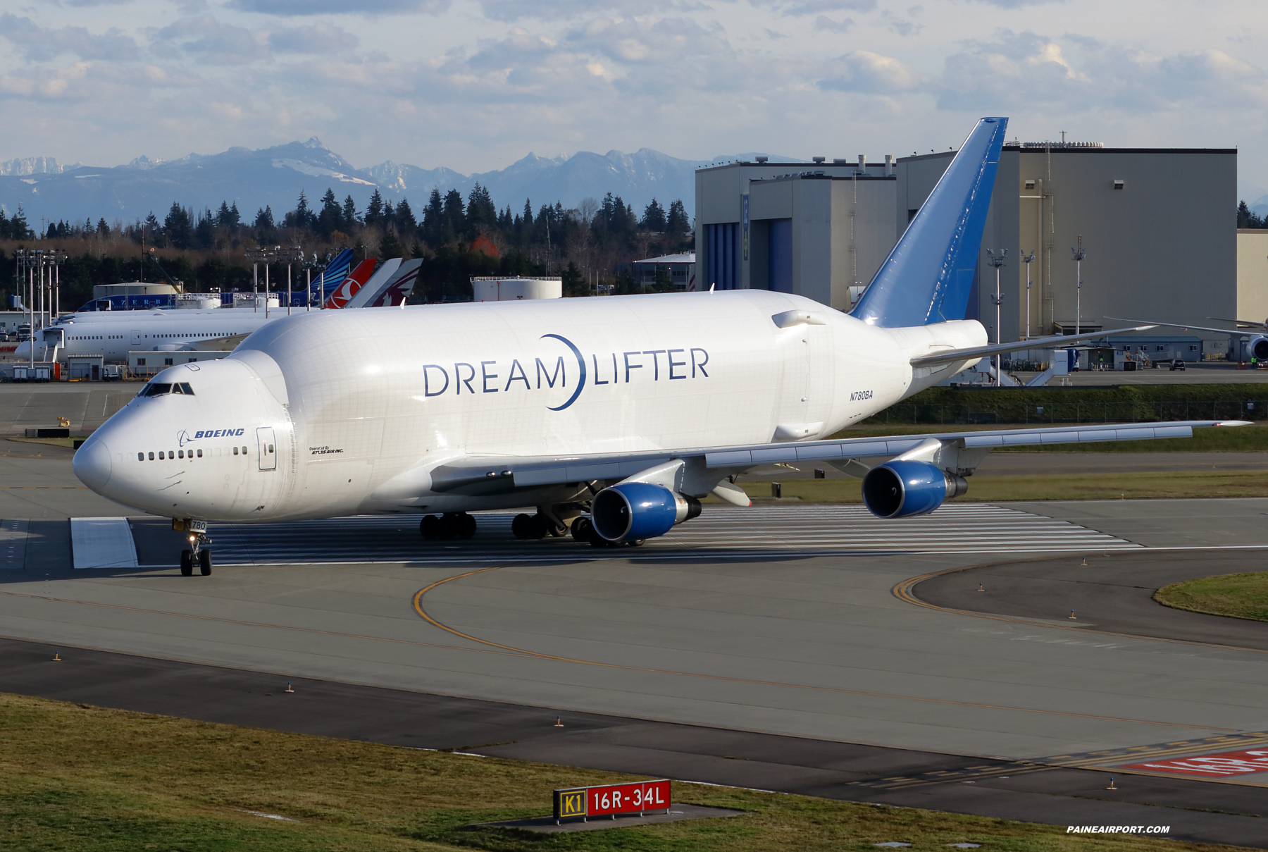 LCF N780BA at Paine Field