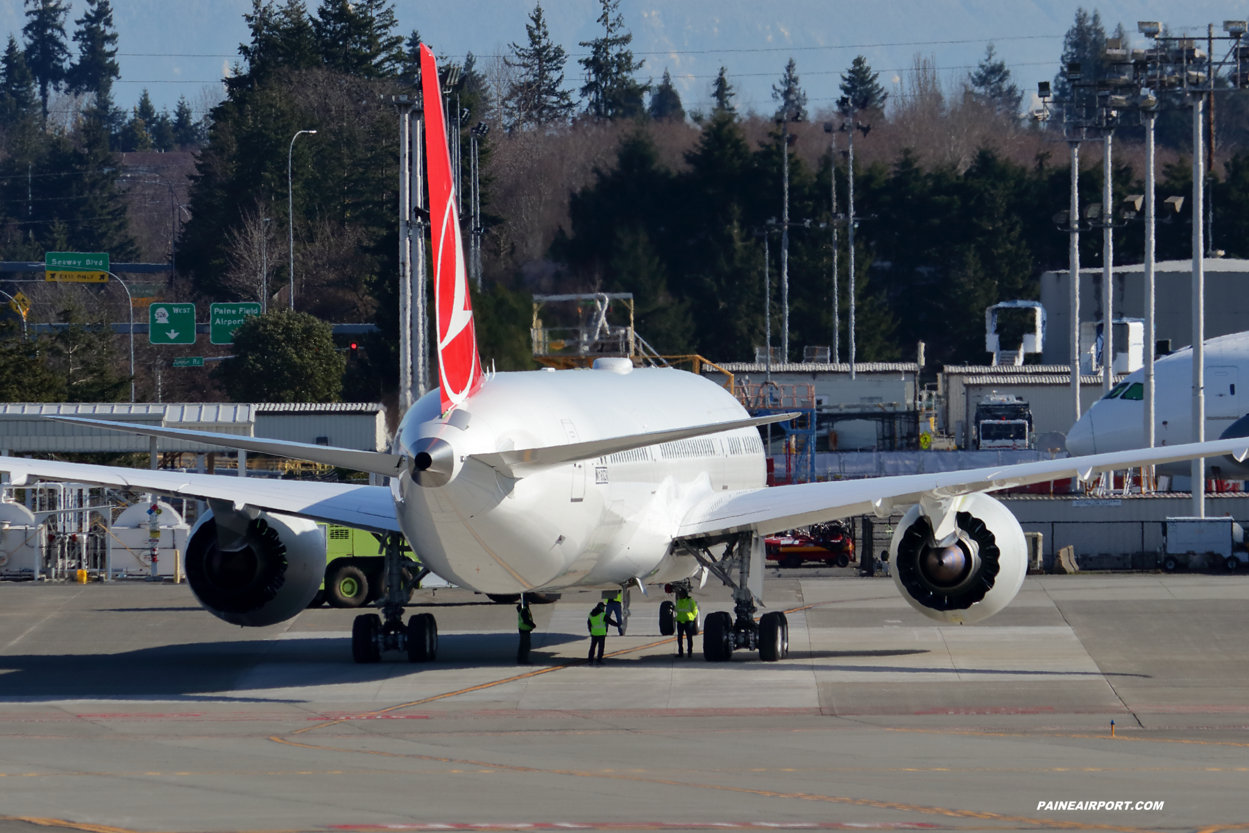 Turkish Airlines 787-9 at Paine Field