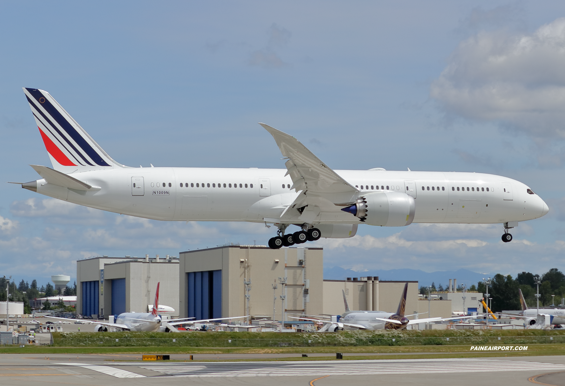 N747BC at KPAE Paine Field