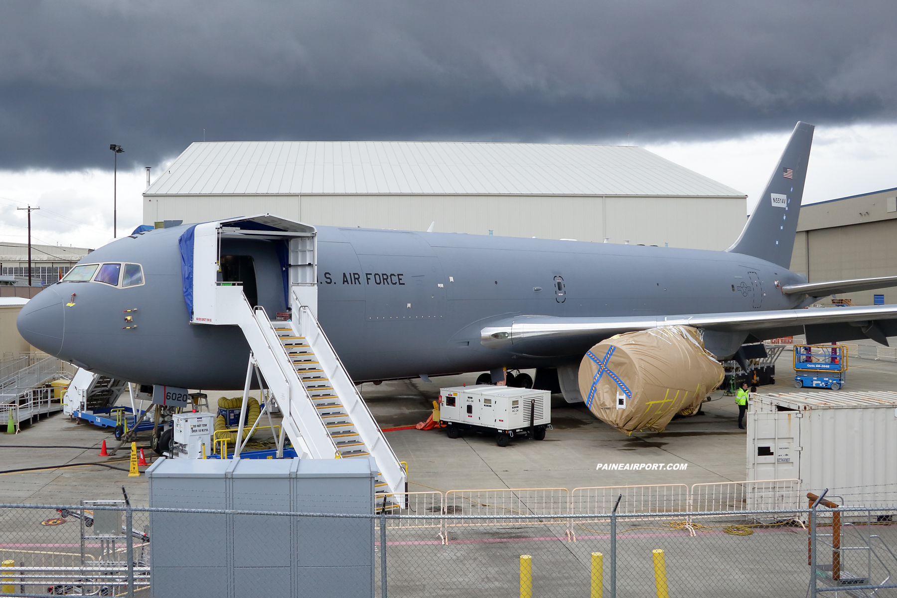 KC-46A 16-46020 at KPAE Paine Field