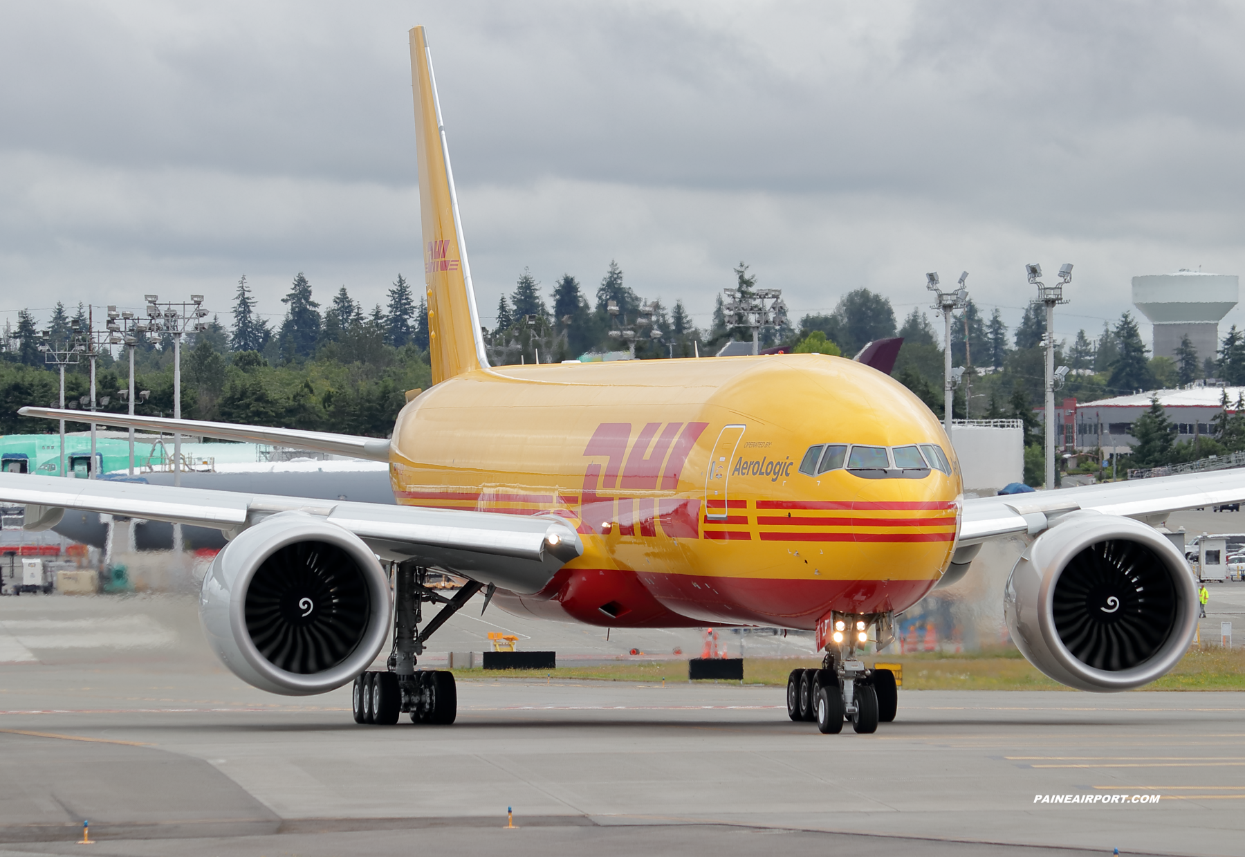 DHL 777F D-AALP at KPAE Paine Field