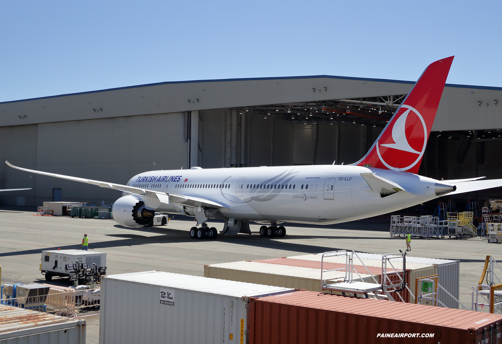Turkish Airlines 787-9 TC-LLO at KPAE Paine Field