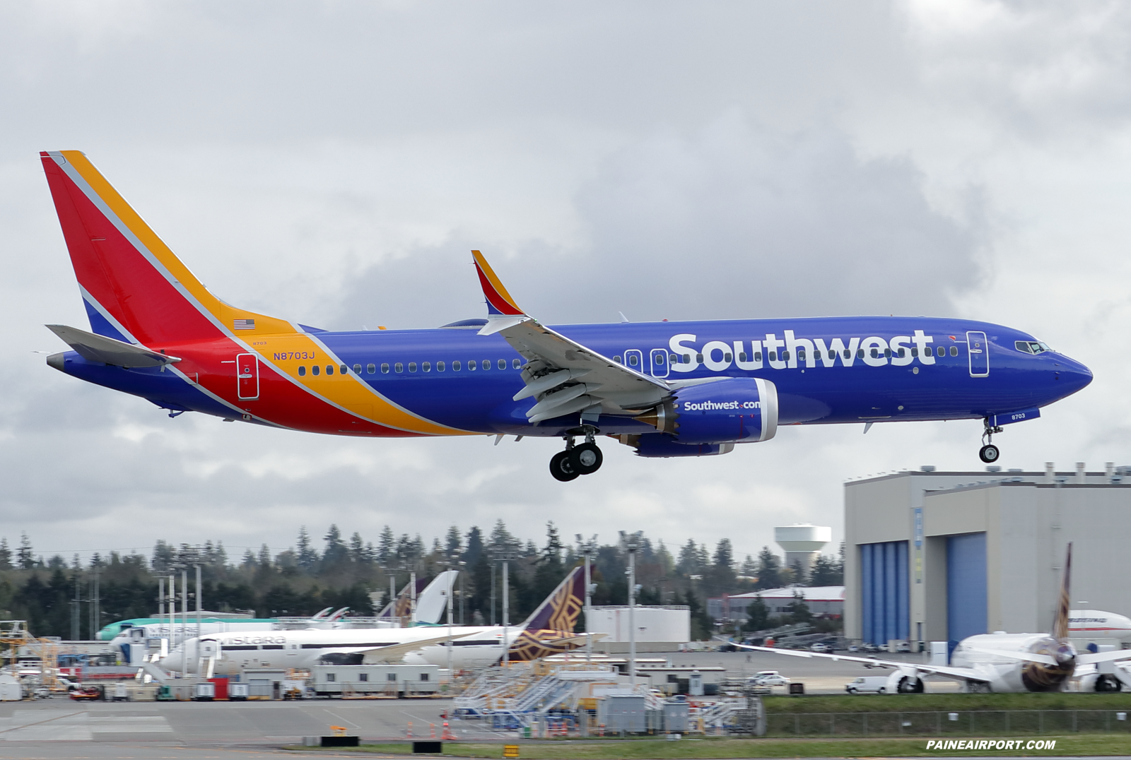 Southwest Airlines 737 N8703J at KPAE Paine Field
