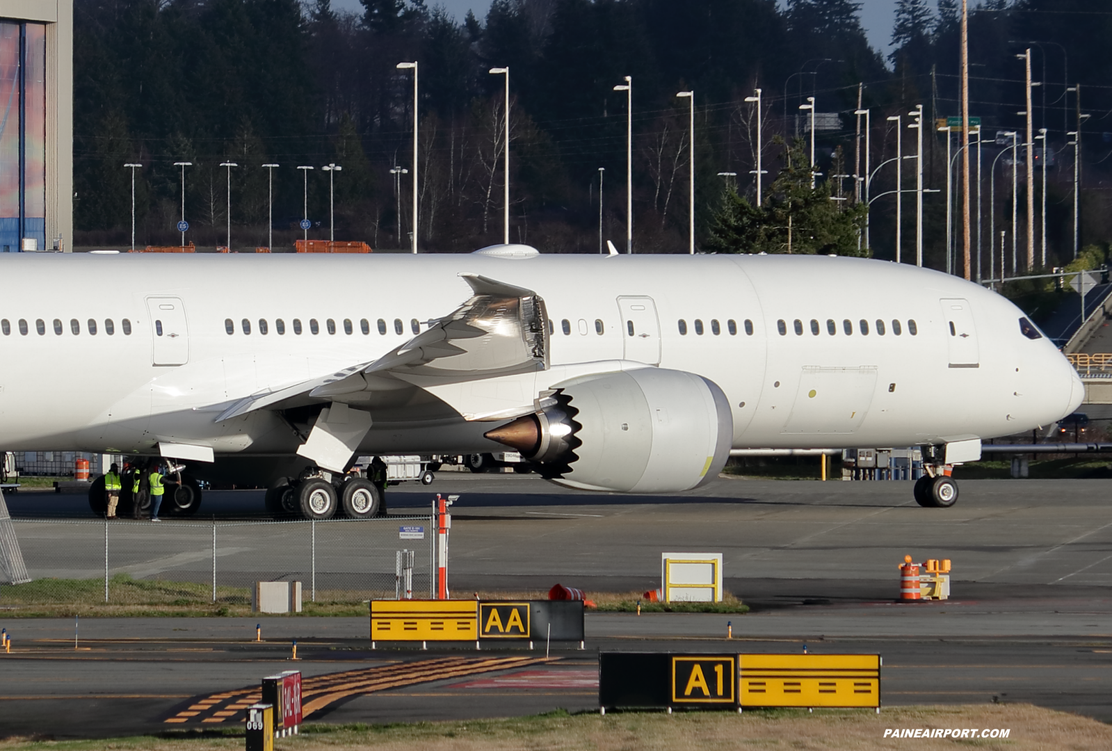 Aeromexico 787-9 XA-RRR at KPAE Paine Field